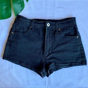 Forever21 mid rise black jean shorts